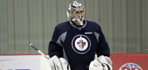 Pavelec-at-practice 610x290