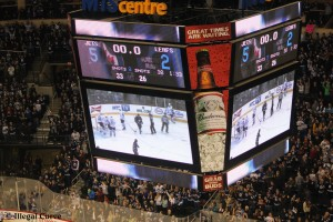 Jets beat Leafs 5 to 2