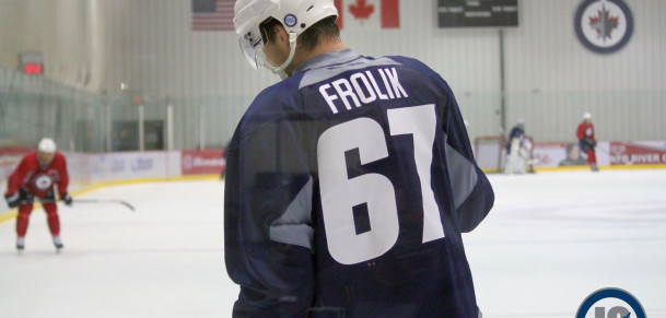 Frolik on ice