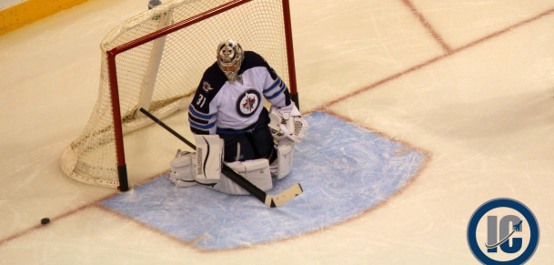 Pavelec makes a save