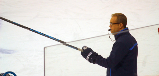 Coach Maurice at practice