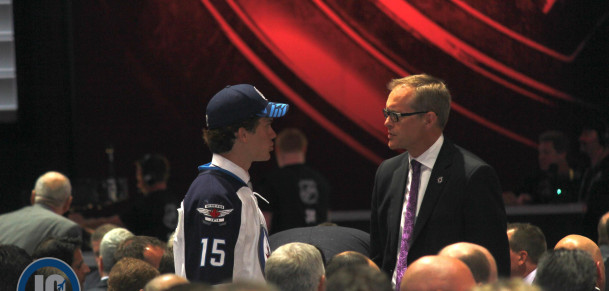 Roslovic talks to coach Maurice