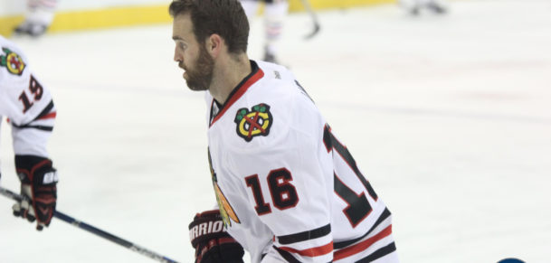 Andrew Ladd with the Hawks